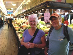 BC poets Linda Crosfield & David Fraser at Pike Place Market (Photo © Kim Goldberg)
