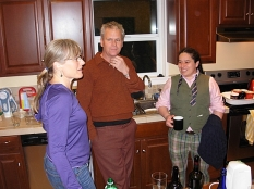 Kathy and Joe (our fantastic cooks for the festival chat with co-organizer nadine Maestas (right) (Photo © Kim Goldberg)